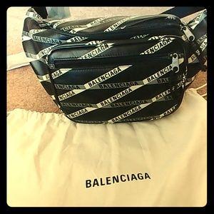 Balenciaga Explorer tape logo leather belt bag